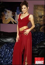 Vragolanka u crvenoj haljini (HQ)