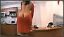 Seksi sekretarica, dekolte na leđima