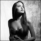 16-to godišnja Angelina Jolie