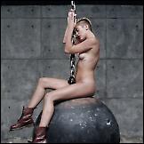 Gola Miley Cyrus