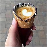 Kava u kornetu