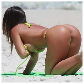 Vruće djevojke na brazilskim plažama
