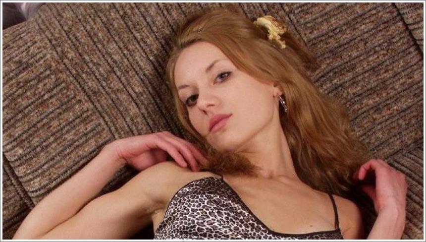 Jesabell na kauču