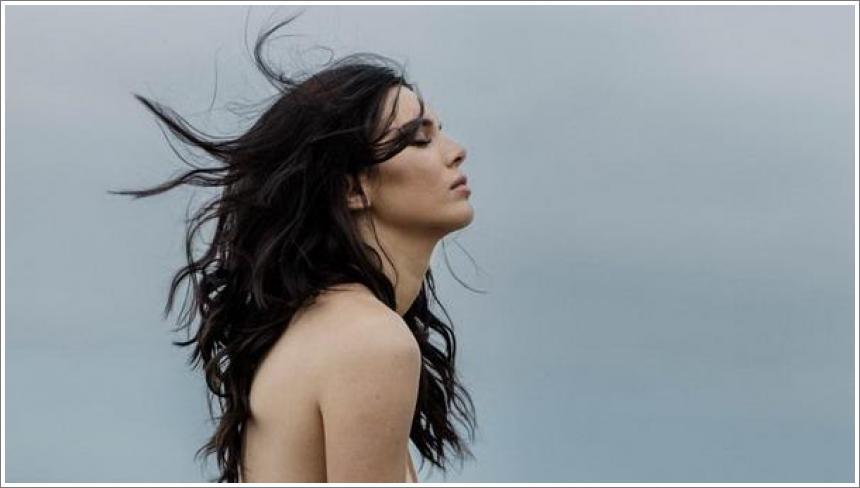 Kendall Jenner potpuno gola