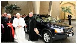 Papa za volanom