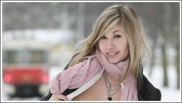 Gole djevojke na javnim mjestima №8