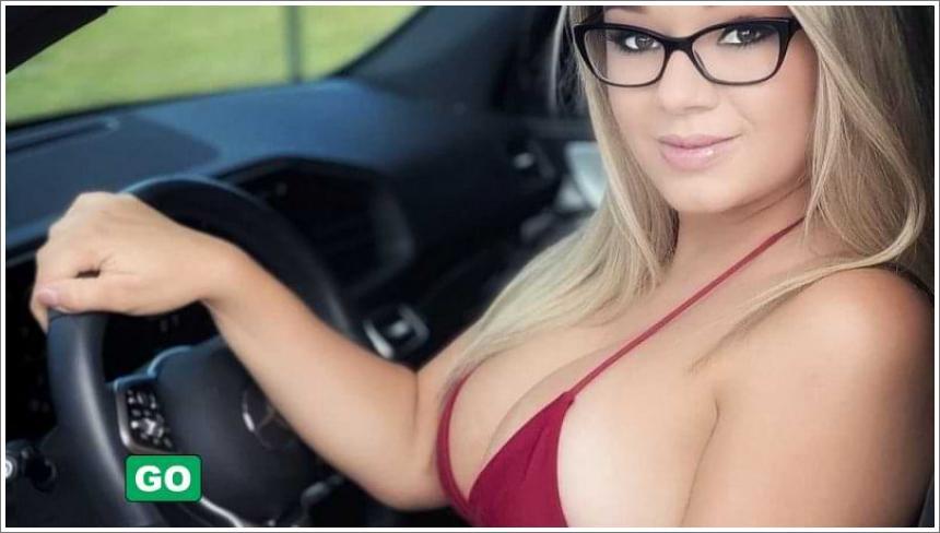 Seksi djevojke u automobilima №2