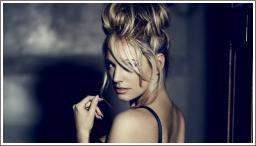 Kelly Brook – photoshooting za magazin Fabulous