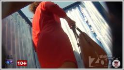 Dama u crvenoj haljini